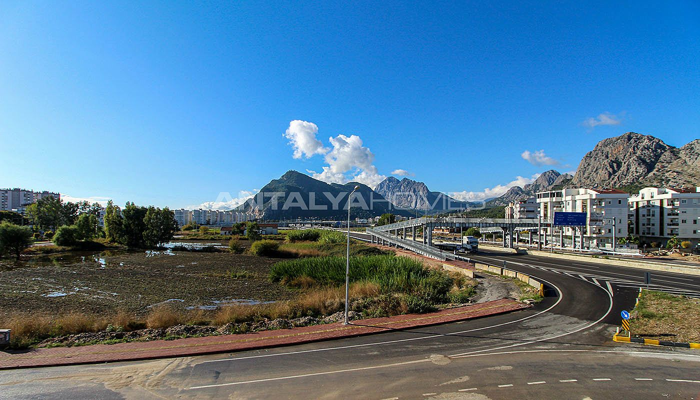 antalya-apartments-5-minutes-drive-away-from-the-beach-004.jpg