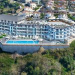 cozy-property-with-infinity-communal-pool-in-alanya-004.jpg