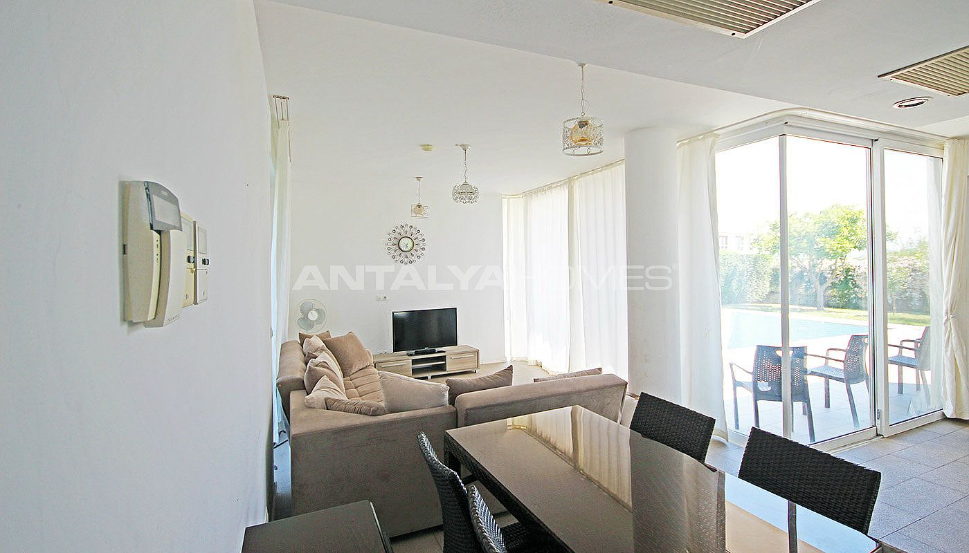 furnished-villa-for-sale-in-belek-in-the-complex-interior-001.jpg