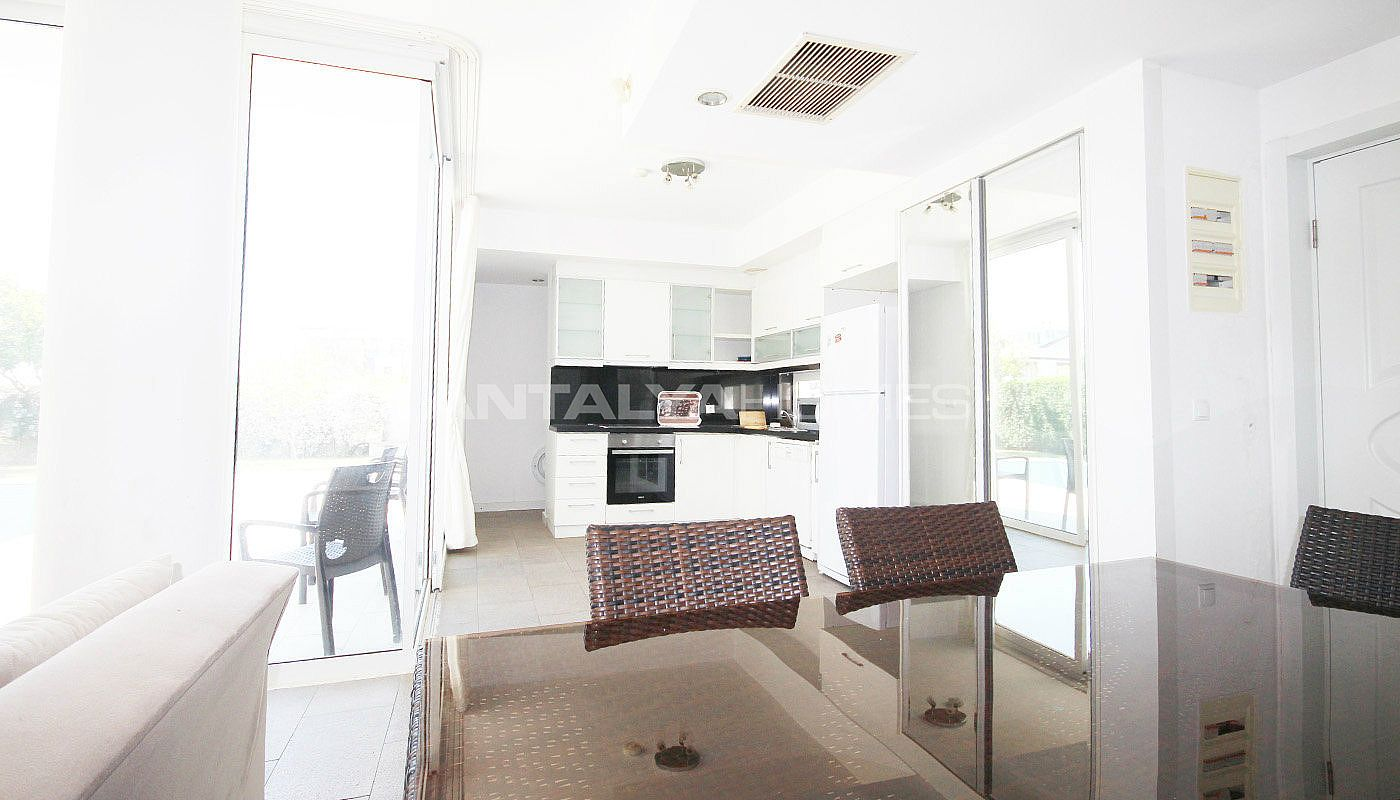 furnished-villa-for-sale-in-belek-in-the-complex-interior-002.jpg