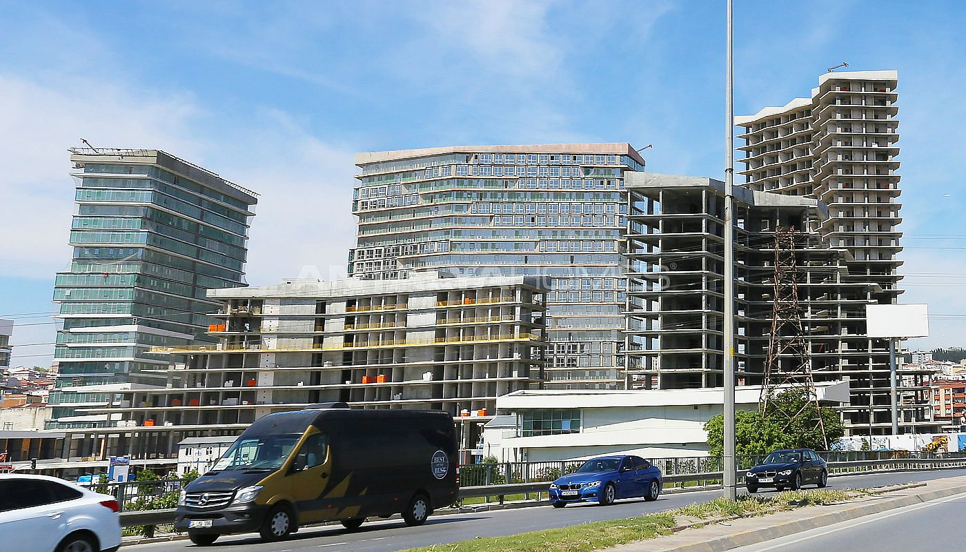 luxury-istanbul-property-offering-investment-opportunity-construction-001.jpg