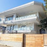luxury-villa-with-private-pool-and-garden-in-istanbul-002.jpg