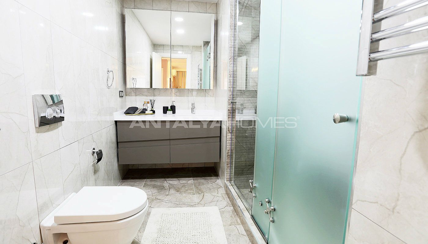 profitable-flats-in-the-desirable-location-of-istanbul-interior-016.jpg